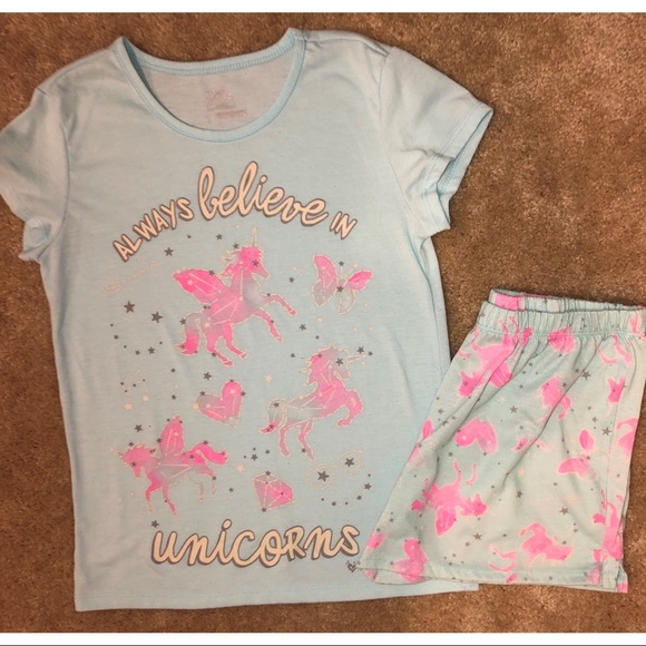 NWT Girls Justice White Short Sleeve Top w//Christmas Unicorn Face